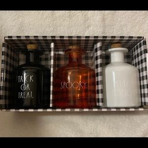 New Rae Dunn (3)pc POTION BOTTLE SET